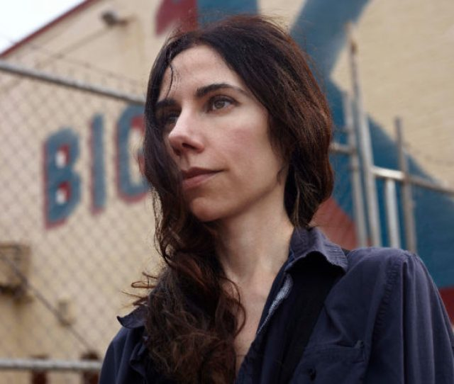 Pj Harvey Drops Raw And Emotional New Demo The Crowded Cell