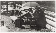 Чарльз Айвз и Гармония Айвз на отдыхе на озере Элк в Адирондаке (штат Нью-Йорк) (ок. 1909 г.)