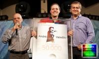 """André Valadão recebe Disco de Ouro pelo CD """"Aliança"""""""