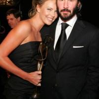 Charlize Theron y Keanu Reeves confirman noviazgo, tienen casi un año juntos