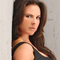 Kate del Castillo está enojada por censura a su novela La Reina del Sur, se rumora que Univisión le hace propuesta millonaria
