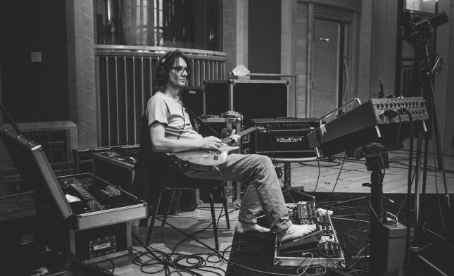 Steven Wilson. Photo by Lasse Hoile