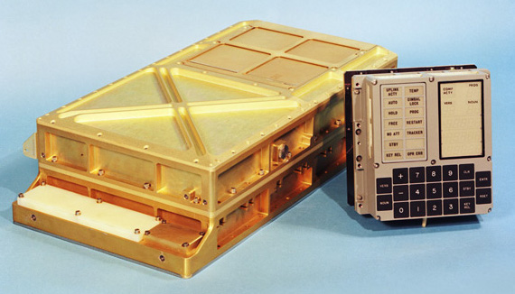 apollo-guidance-computer-and-key-input