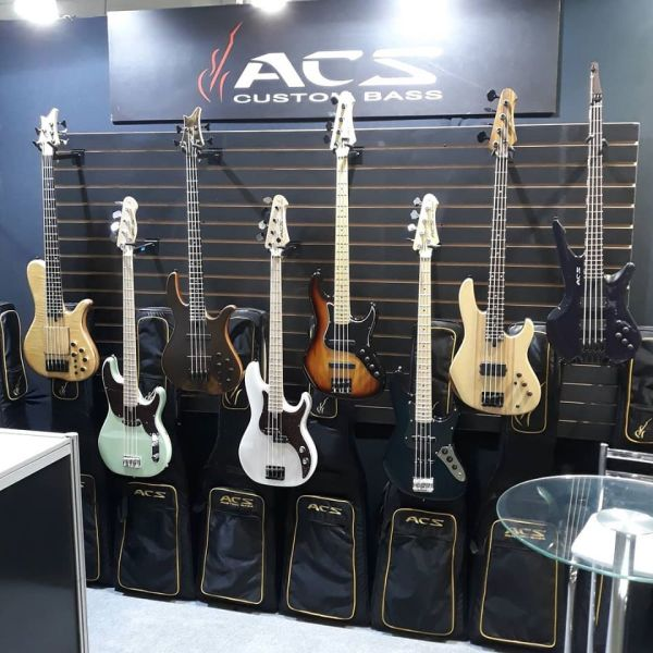 Estande ACS Custom Basses Music Show