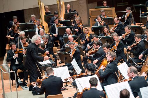27754-berliner_philharmoniker_season_opening_monika_rittershaus_rattle_resized