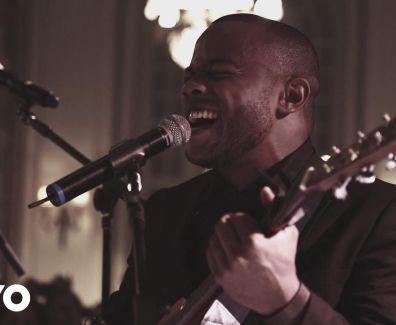 Preto no Branco – Eu Te Agradeço (Ao Vivo) ft. Israel Salazar