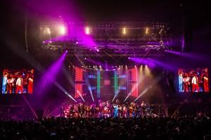 2014-09-29 Juan Gabriel Tour 2-small_1