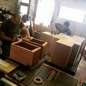 En el taller de fabricación