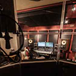 Lockout Recording Studio NYC Professional