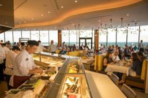 Disney Dining Plan choices family vacation eating out