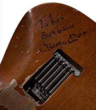 stevie ray vaughan guitar 2