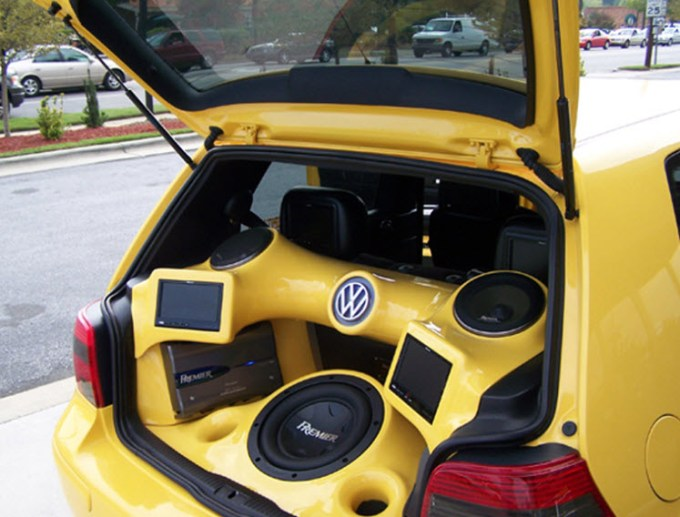 Custom-Auto-Sound-Systems