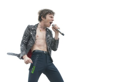 Cage-The-Elephant_ME-12