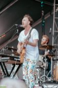 Guster-13