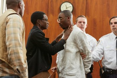 Scene from All Eyez On Me: Tupac is taken away in court