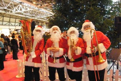 christmas entertainers in london