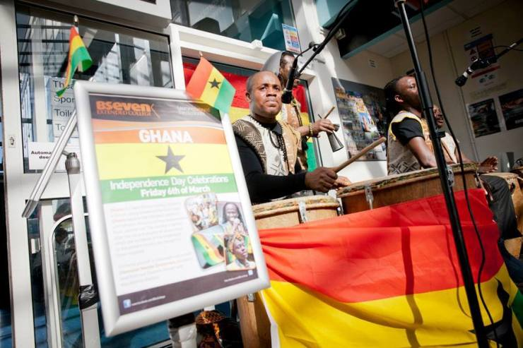 Ghanaian-master-drummers-college-gig1