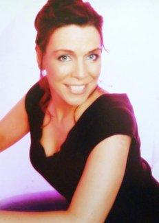 Trish Aherne – Irish Singer