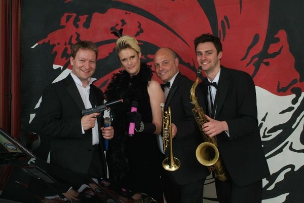 The Hit Machine - Wedding And Events Band