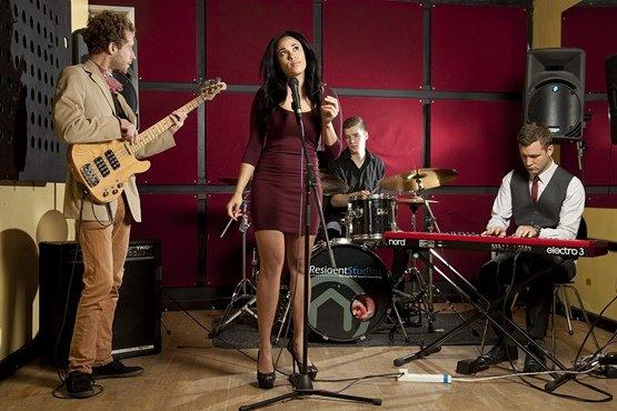 Between The Lines - Jazz Quartet