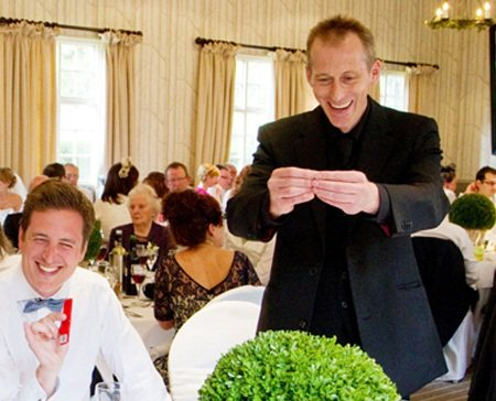 Contemporary Close up Magician, Hypnotist & Entertainer