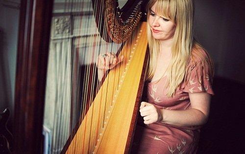solo female harpist in London