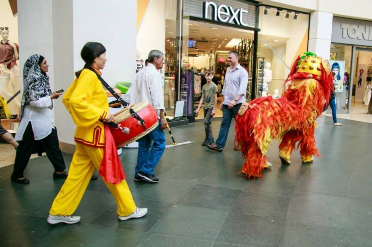 Lion-followed-by-Chinese-Drummer