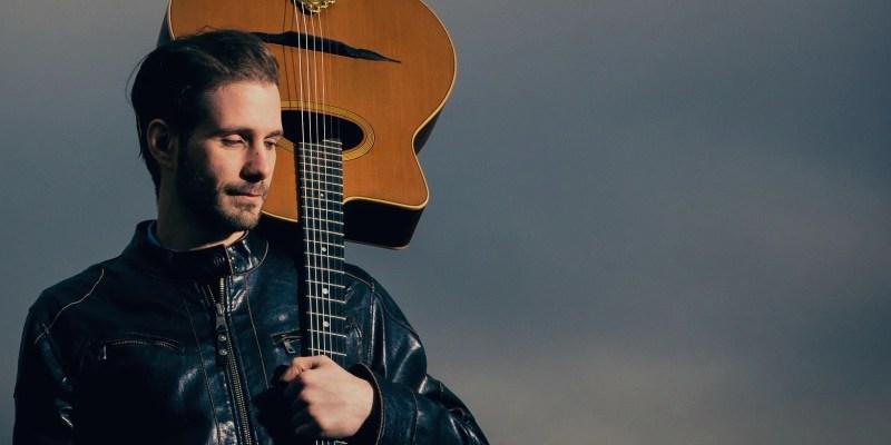 Hire a Music Guitarist