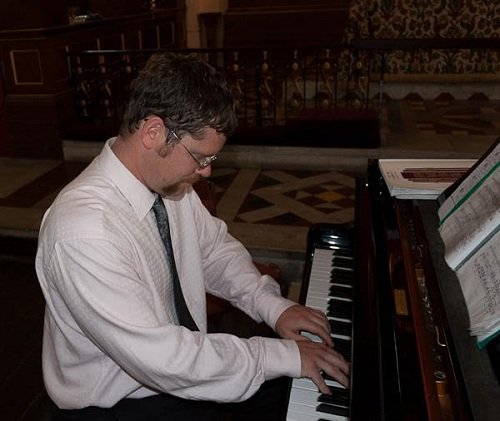 Solo Stride And Ragtime Pianist In London
