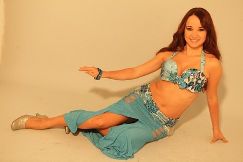 london-belly-dancer