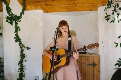 Hire A Solo Folk Female Musician in London - Music For London