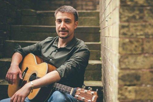 Book A Flamenco Fusion Guitarist in London - Music for London