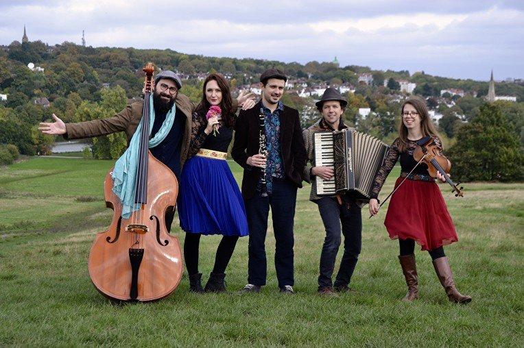 5 Piece Jewish Klezmer Wedding Band in London