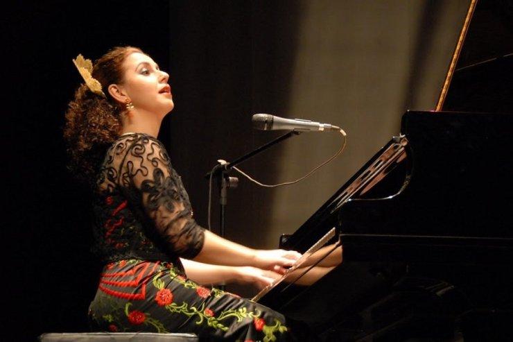 Book A Flamenco Fusion Show in London - Music for London