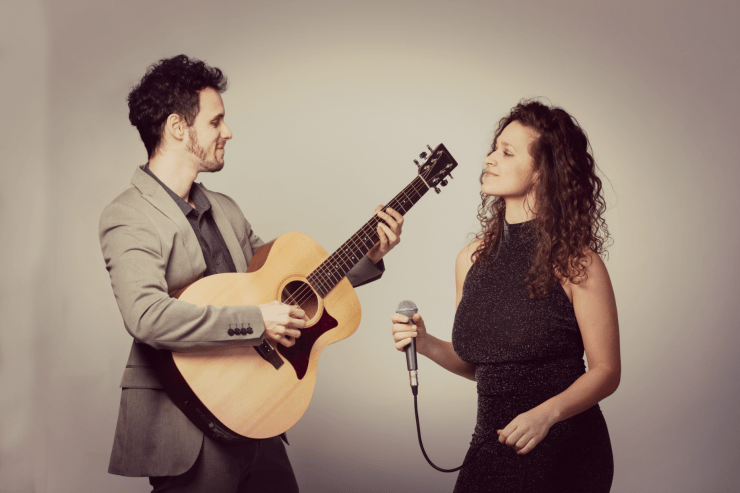 Julia & The Fox Acoustic Duo - Music for London