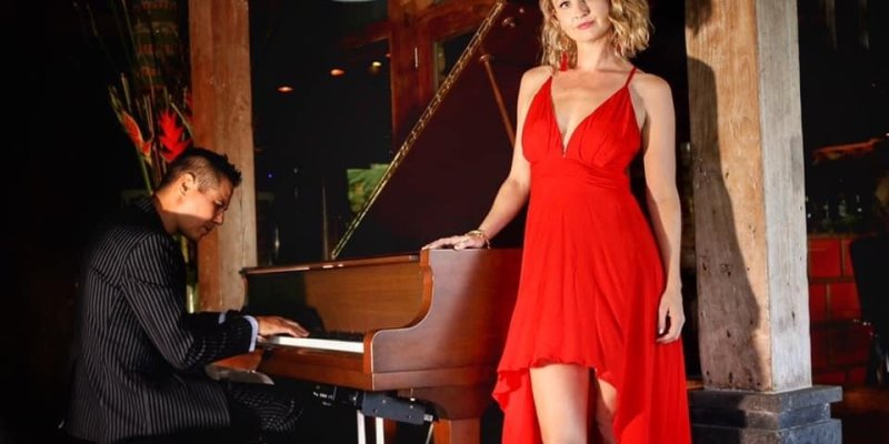 International Multi Talented Duo For Hotel Residency - Music for London