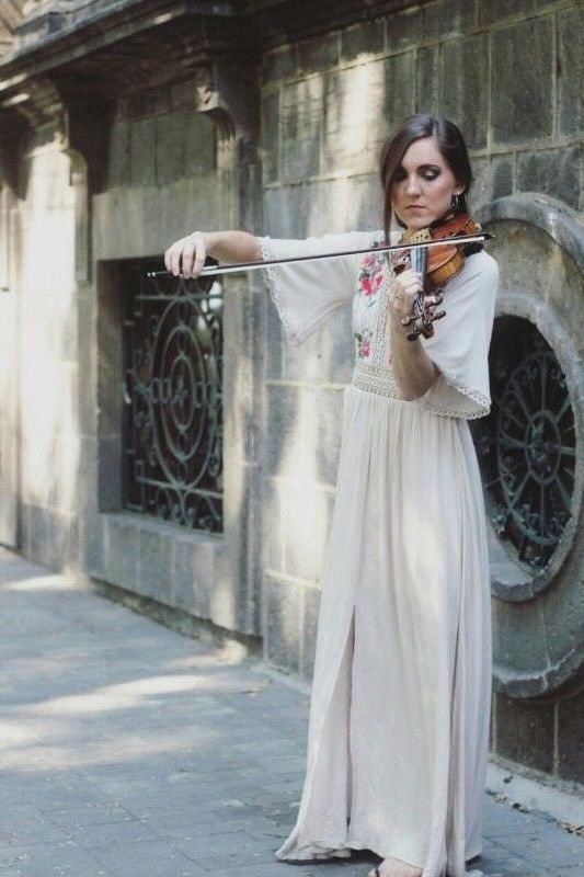 Electric & Acoustic Female Violinist