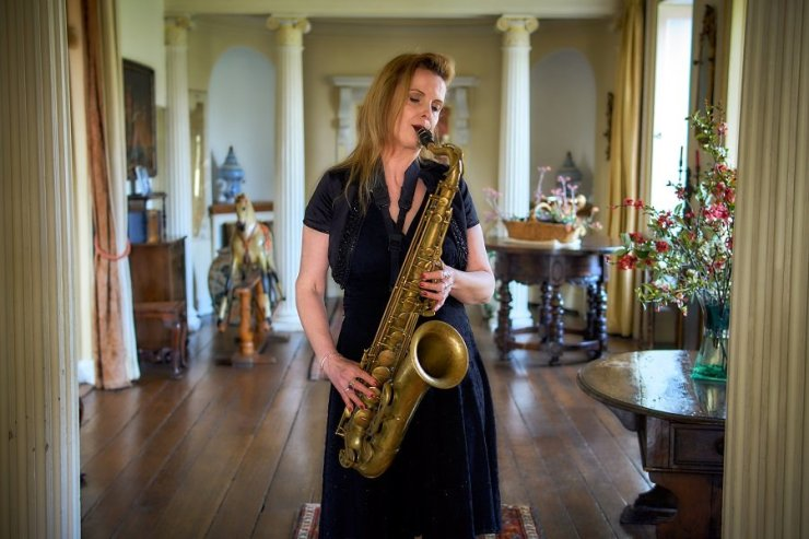 Solo Female Saxophonist