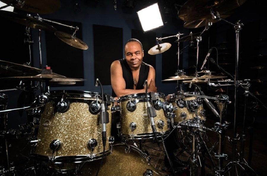 Solo Drummer