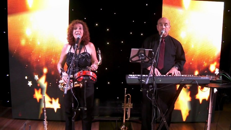 Celebrity Swing Duo in London - Music for London