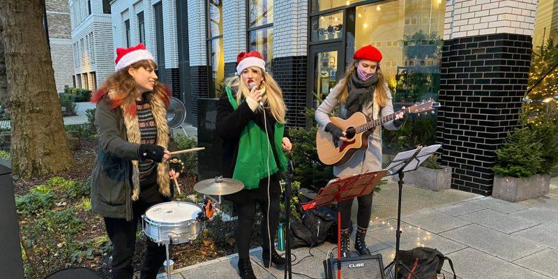 Contemporary Carol Singers in London
