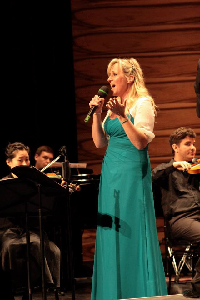 Book a Professional Opera and Classical Opera Singer. Available for Concerts and Recitals.