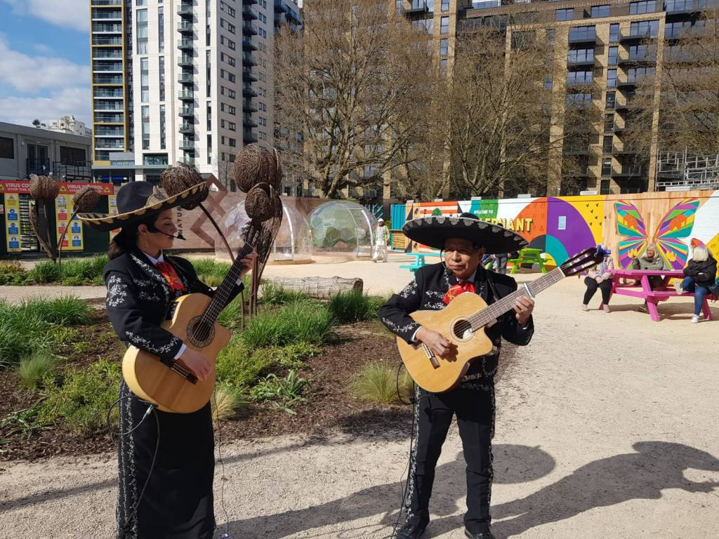 Life Mexican Busking Band