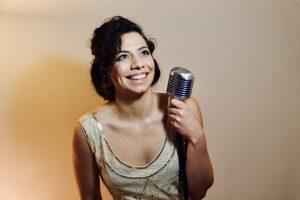 Italian Singer in London