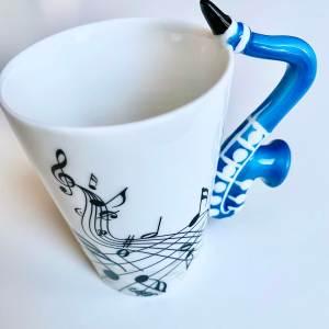 чаша, саксофон, музикална, син, музикант, подарък, подари, празник, рожден ден, коледа, джаз, музика