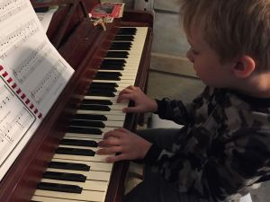 any-parent-can-teach-piano-at-home-2