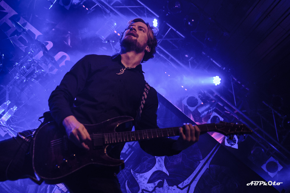 1810_TheUnguided_013
