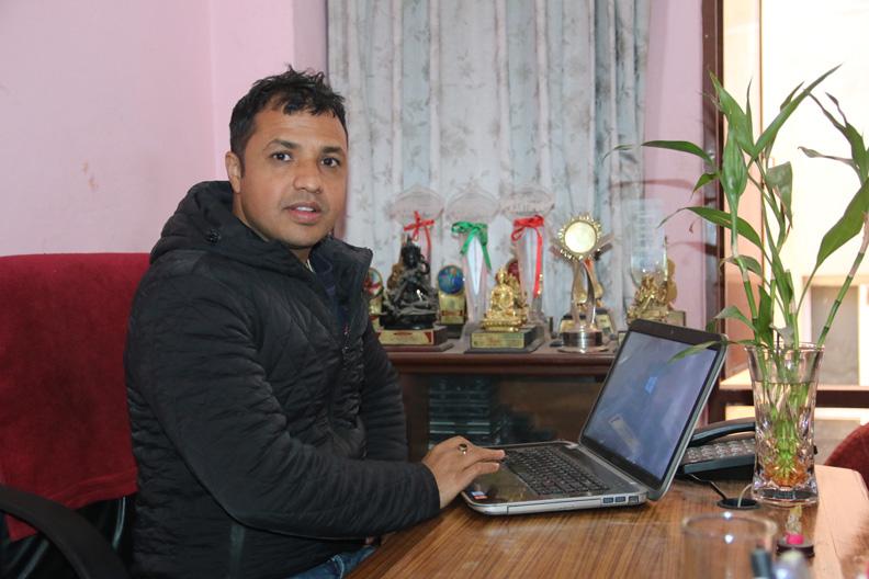 Parshuram Rijal Singer