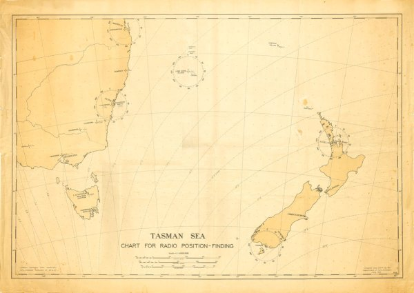 1940 air navigation chart showing DF stations at Auckland (Musick Point), Awarua, Lord Howe Is, Sydney and Brisbane