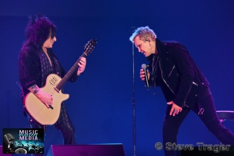BILLY IDOL & STEVE STEVENS 2019 22